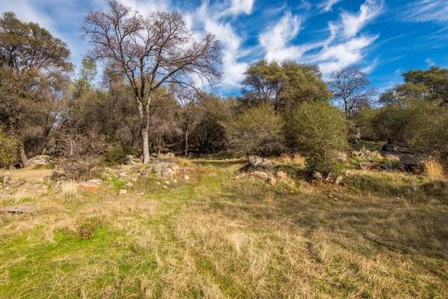 15939 Dry Creek Lane, Grass Valley, CA 95949 (MLS #20077101) :: Keller Williams - The Rachel Adams Lee Group