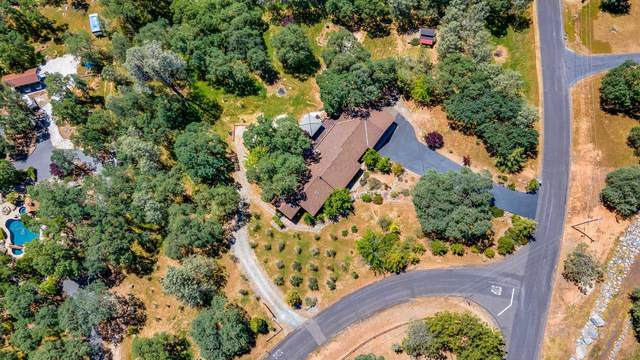 13939 Florence Way, Sonora, CA 95370 (#221000721) :: Rapisarda Real Estate