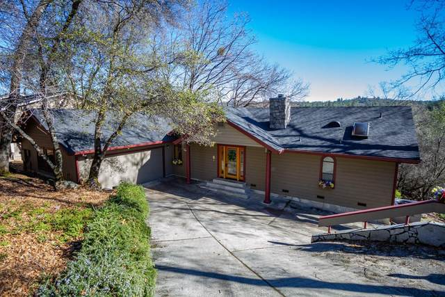 18344 Hummingbird Drive, Penn Valley, CA 95946 (#221002808) :: Jimmy Castro Real Estate Group