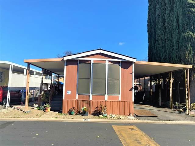 250 E Las Palmas Avenue #25, Patterson, CA 95363 (#221005019) :: The Lucas Group