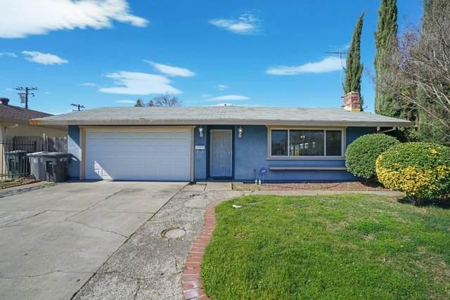 5520 Sampson Boulevard, Sacramento, CA 95820 (MLS #221005959) :: The Merlino Home Team