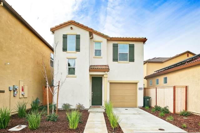 4902 Ocean Lane, Elk Grove, CA 95757 (MLS #221007962) :: Live Play Real Estate | Sacramento