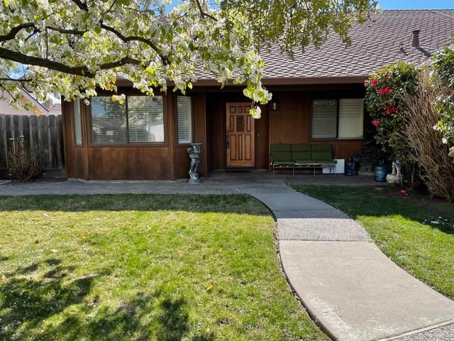 1284 Pheasant Hollow Way, Manteca, CA 95336 (#221008506) :: The Lucas Group