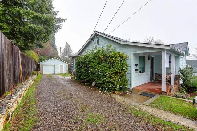 365 Alta Street, Grass Valley, CA 95945 (MLS #221008632) :: The Merlino Home Team