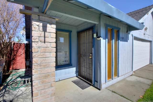 1389 Eaglerock Place, Woodland, CA 95776 (#221009198) :: The Lucas Group