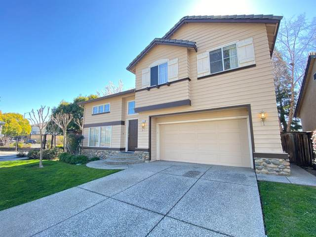 122 Royalton Circle, Folsom, CA 95630 (MLS #221009797) :: The Merlino Home Team