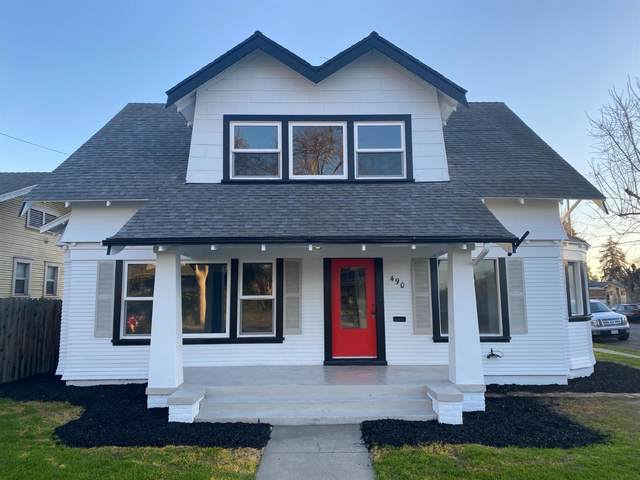 490 W Main Street, Turlock, CA 95380 (MLS #221009874) :: The Merlino Home Team