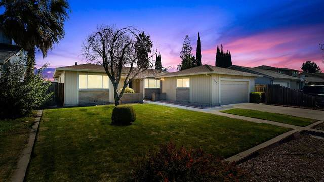 9546 Bismark Place, Stockton, CA 95209 (MLS #221009878) :: The Merlino Home Team