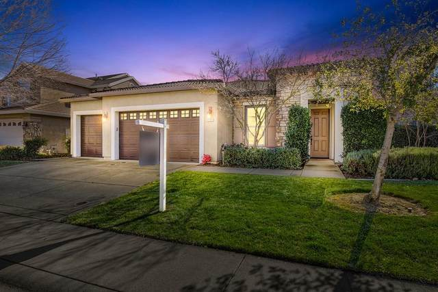 1121 Souza Way, Folsom, CA 95630 (MLS #221010866) :: eXp Realty of California Inc