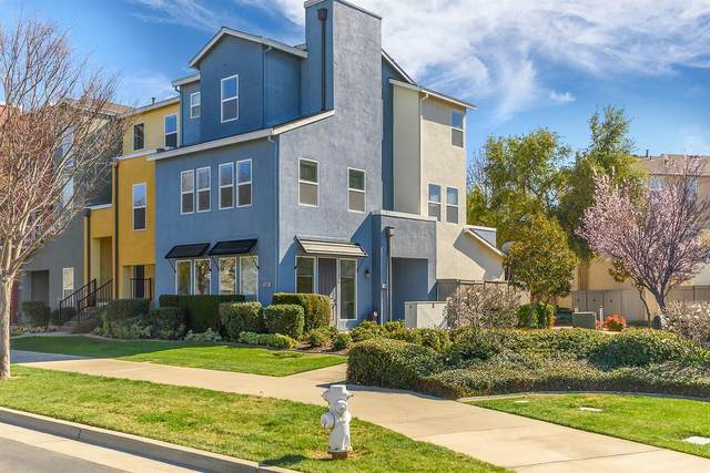 10904 Tower Park Drive, Rancho Cordova, CA 95670 (#221010958) :: The Lucas Group