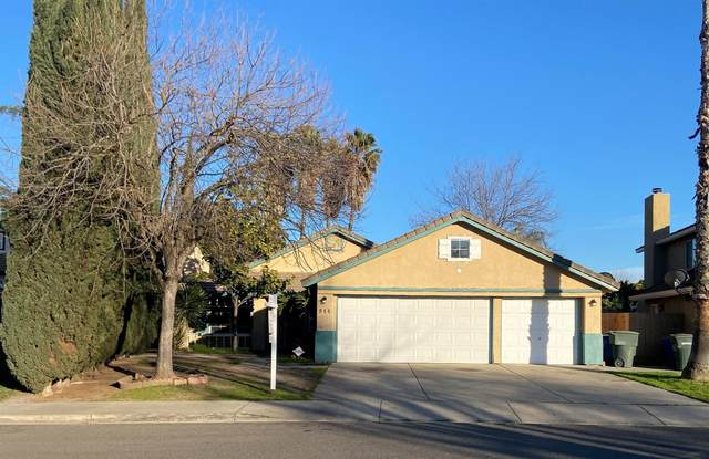 944 Oak Grove Road, Modesto, CA 95351 (#221012014) :: Jimmy Castro Real Estate Group