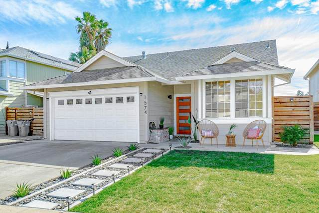 1574 Grass Valley Drive, Woodland, CA 95776 (#221012507) :: Jimmy Castro Real Estate Group