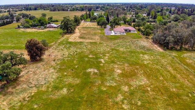 2 Justamere Lane, Elk Grove, CA 95624 (MLS #221012556) :: Heidi Phong Real Estate Team