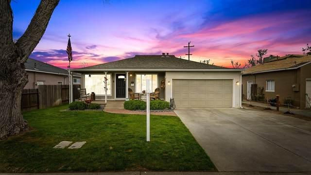 935 W Eaton Avenue, Tracy, CA 95376 (#221012942) :: Jimmy Castro Real Estate Group