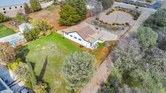 3880 Ponderosa Road, Shingle Springs, CA 95682 (MLS #221020701) :: eXp Realty of California Inc