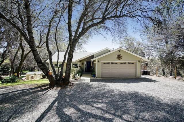 2727 Campbell Drive, Auburn, CA 95602 (MLS #221020860) :: Live Play Real Estate | Sacramento