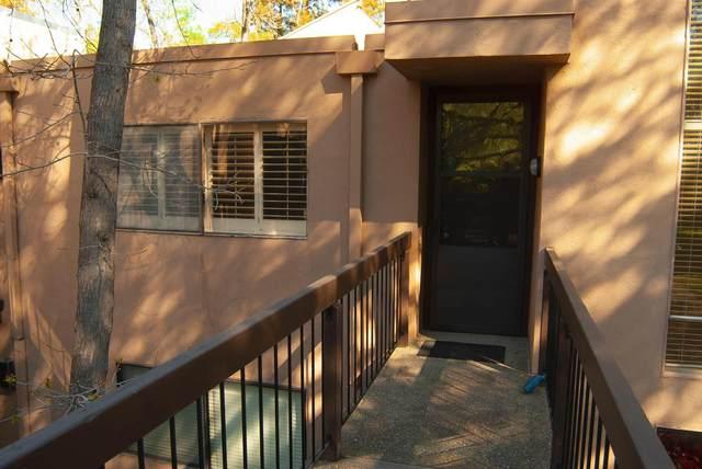 606 Woodside Sierra #6, Sacramento, CA 95825 (#221025865) :: The Lucas Group