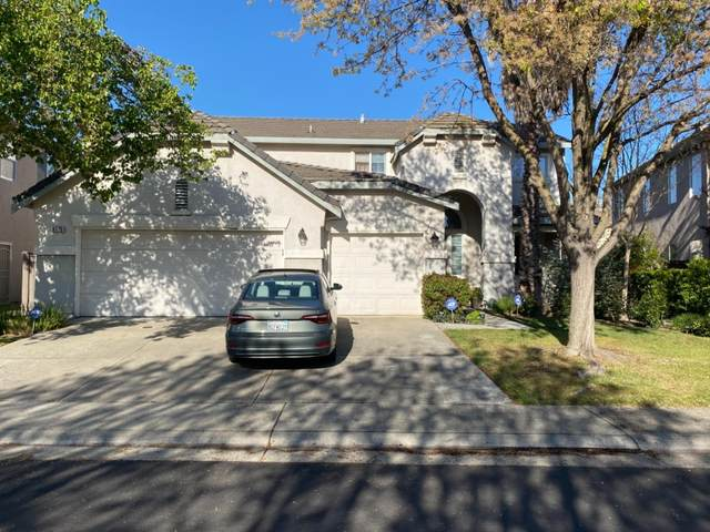 9775 Nature Trail Way, Elk Grove, CA 95757 (#221026401) :: Jimmy Castro Real Estate Group