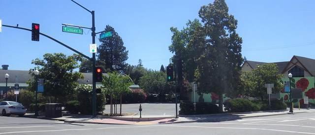 129 Vernon Street, Roseville, CA 95678 (MLS #221026623) :: Keller Williams - The Rachel Adams Lee Group