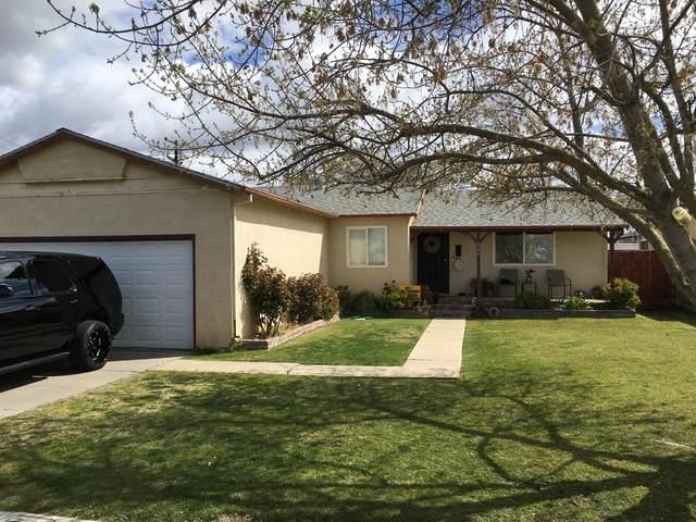 824 Colorado Avenue, Los Banos, CA 93635 (MLS #221026840) :: eXp Realty of California Inc