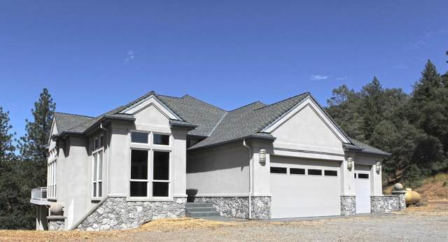 19557 Victoria, Grass Valley, CA 95949 (#221026857) :: The Lucas Group