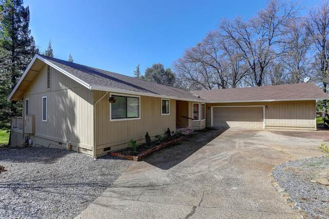 11808 Swallow Court, Penn Valley, CA 95946 (MLS #221027031) :: eXp Realty of California Inc