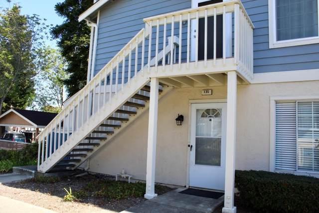 135 Glenwood, Hercules, CA 94547 (#221027036) :: Rapisarda Real Estate
