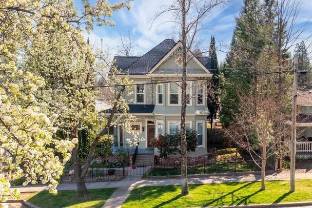 30 Grass Valley Street, Colfax, CA 95713 (#221028242) :: The Lucas Group