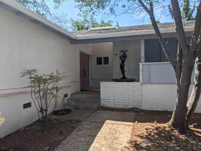 136 N Mcdaniel Drive, Auburn, CA 95603 (MLS #221028295) :: CARLILE Realty & Lending