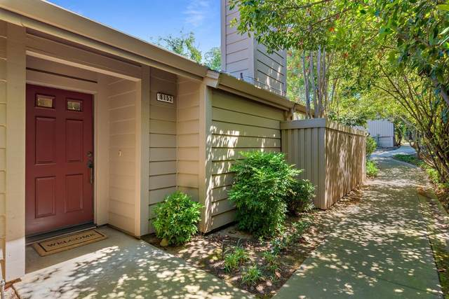 8152 Chenin Blanc Lane, Fair Oaks, CA 95628 (MLS #221029595) :: The Merlino Home Team