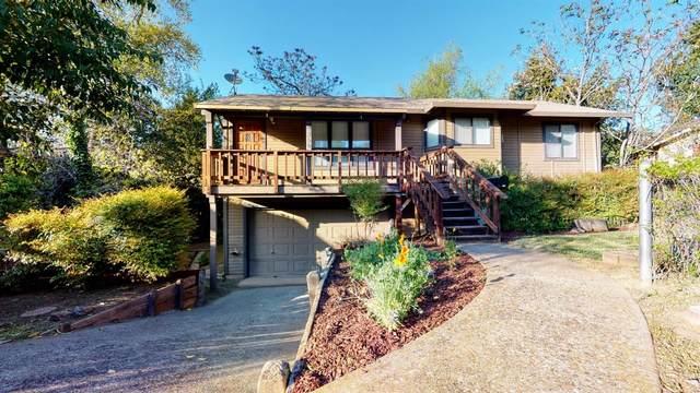 1350 Cora Lane, Auburn, CA 95603 (MLS #221030187) :: eXp Realty of California Inc