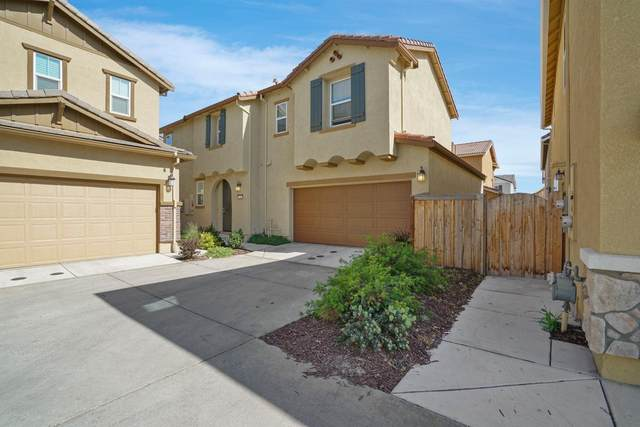 260 Uccello Way, Sacramento, CA 95835 (MLS #221030919) :: The MacDonald Group at PMZ Real Estate