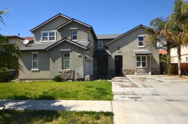 2368 N Mountainside Drive, Los Banos, CA 93635 (MLS #221031607) :: Keller Williams - The Rachel Adams Lee Group
