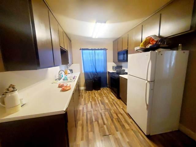 516 Carol Street, Manteca, CA 95336 (MLS #221032245) :: eXp Realty of California Inc