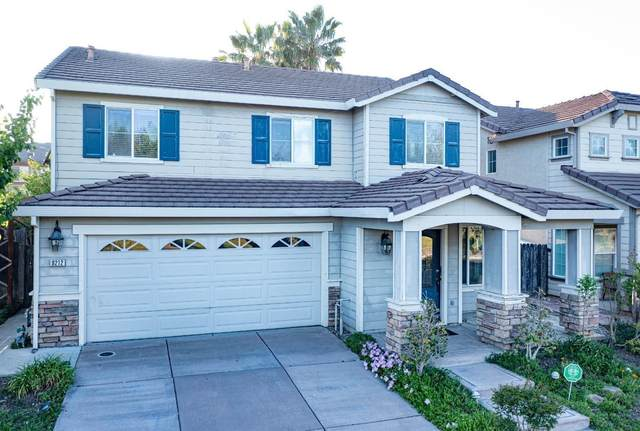 9212 Sierra River Dr, Elk Grove, CA 95624 (MLS #221032582) :: Keller Williams - The Rachel Adams Lee Group