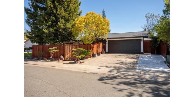 2439 Stokewood Way, Rancho Cordova, CA 95670 (MLS #221032662) :: CARLILE Realty & Lending