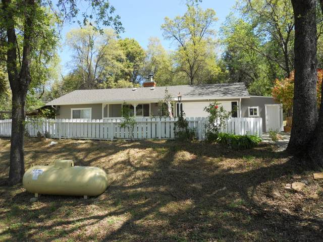 20911 Uncle Toms Drive, Sonora, CA 95370 (MLS #221033501) :: eXp Realty of California Inc