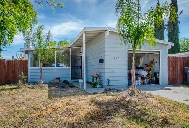 1221 Anna Street, West Sacramento, CA 95605 (MLS #221033601) :: The Merlino Home Team