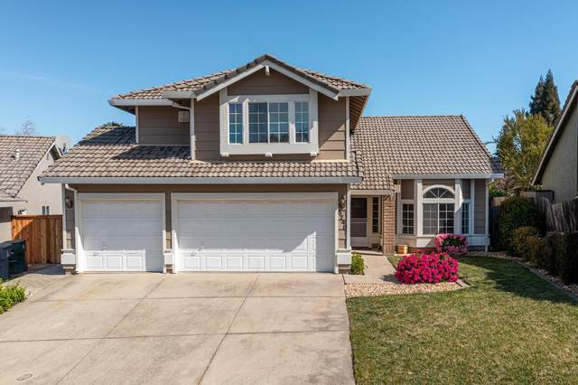 5748 River Run Circle, Rocklin, CA 95765 (MLS #221033695) :: eXp Realty of California Inc