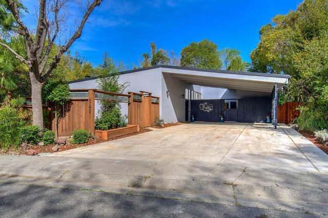 849 A Street, Davis, CA 95616 (MLS #221035026) :: The Merlino Home Team