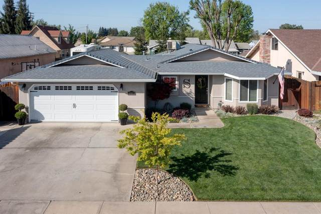 3301 Village Avenue, Denair, CA 95316 (MLS #221036515) :: The MacDonald Group at PMZ Real Estate
