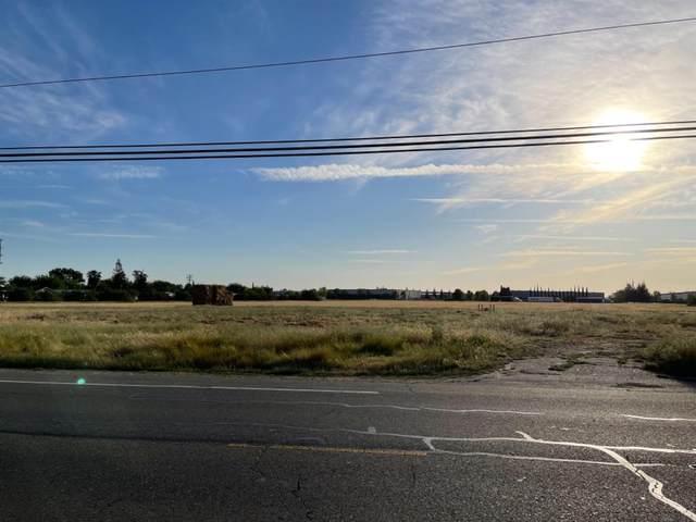 940 N Lincoln Way, Galt, CA 95632 (MLS #221038020) :: Heidi Phong Real Estate Team