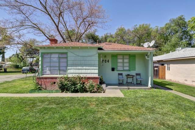 704 Poplar Avenue, West Sacramento, CA 95691 (MLS #221039079) :: Keller Williams - The Rachel Adams Lee Group