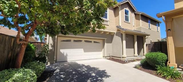 9377 Vintner Circle, Patterson, CA 95363 (MLS #221039437) :: Heather Barrios