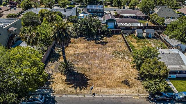 1241 Center Lane, Los Banos, CA 93635 (MLS #221043049) :: Heidi Phong Real Estate Team