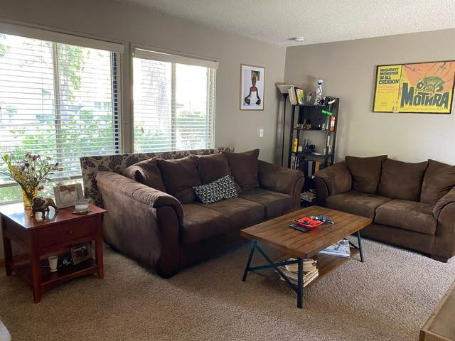 8869 La Riviera Drive C, Sacramento, CA 95826 (MLS #221043571) :: Keller Williams - The Rachel Adams Lee Group