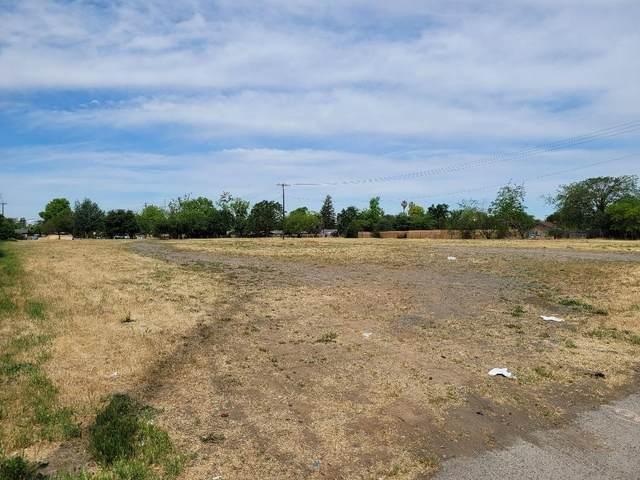 2809 Rio Linda Boulevard, Sacramento, CA 95815 (MLS #221044353) :: The Merlino Home Team
