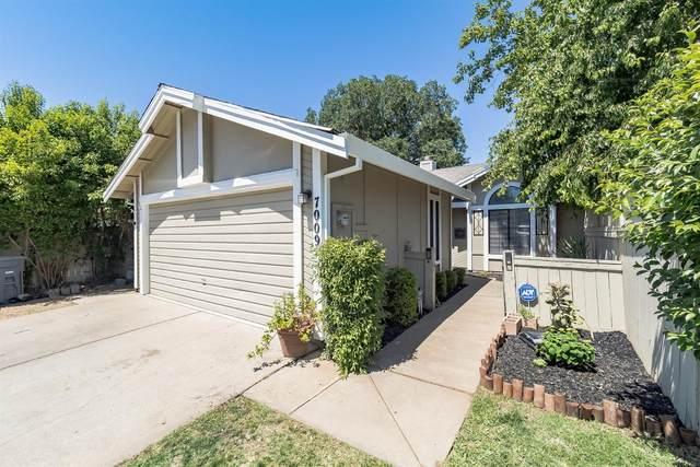 7009 Plume Way, Elk Grove, CA 95758 (MLS #221045455) :: Heidi Phong Real Estate Team