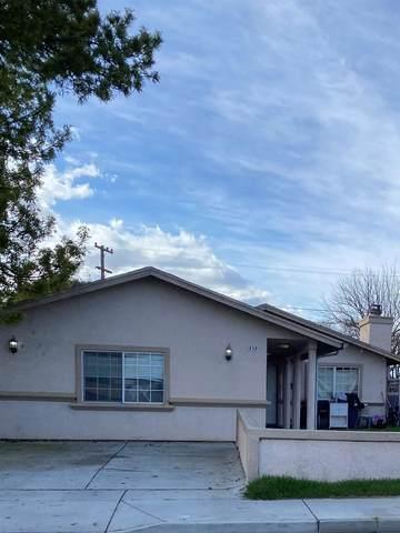 717 Texas Avenue, Los Banos, CA 93635 (#221046027) :: The Lucas Group