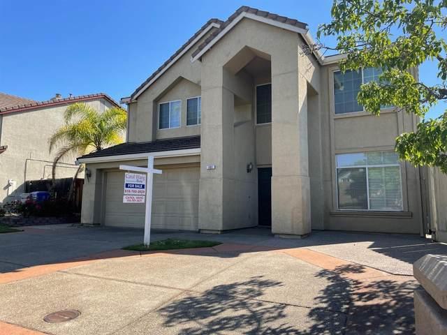 102 Vierra Circle, Folsom, CA 95630 (MLS #221046037) :: The Merlino Home Team